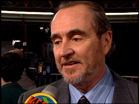 wes craven at the 'scream 2' premiere at grauman's chinese theatre in hollywood, california on december 10, 1997. - scream named work stock-videos und b-roll-filmmaterial