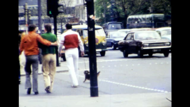 stockvideo's en b-roll-footage met west berlin 1977 - 1977