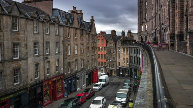 west bow - victoria st in edinburgh, scotland - uk - edinburgh scotland stock videos & royalty-free footage