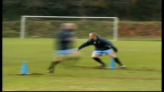 upton park ftge of hartson at training ground iv john hartson - ウェストハム・ユナイテッドfc点の映像素材/bロール