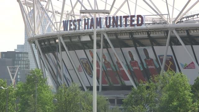 west ham london stadium awaiting 'satisfactory radio system' before police officers will monitor games england london stratford queen elizabeth... - ロンドン ストラトフォード点の映像素材/bロール