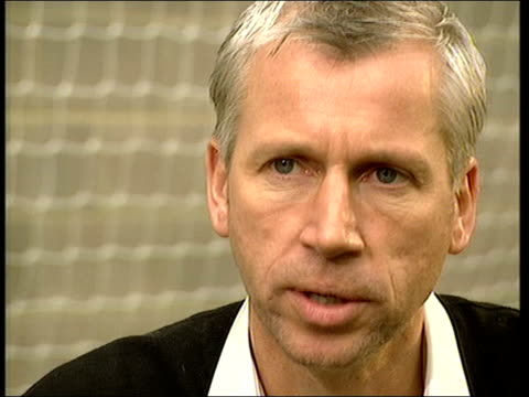 west ham's manager alan pardew interview alan pardew interviewed sot our fans trust us their backing has been an important ingredient that... - west ham fc stock-videos und b-roll-filmmaterial