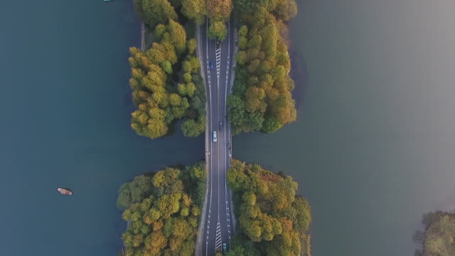 west lake from drone point of view, china - 實時拍攝 個影片檔及 b 捲影像
