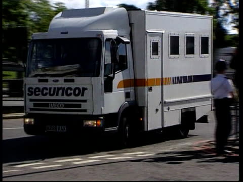 west london magistrates court lms securicor van carrying barry bulsara murder suspect along to court pan to bv - jill dando stock videos & royalty-free footage
