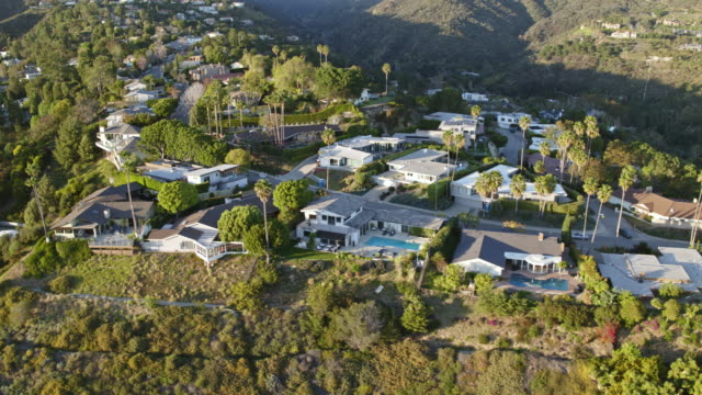 west los angeles brentwood aerial - beverly hills stock-videos und b-roll-filmmaterial