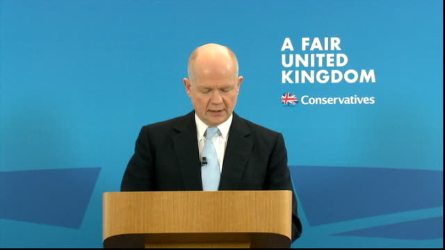 west lothian question: william hague sets out government view: speech; england: london: westminster: the ideas space: int william hague mp speech sot... - 分散点の映像素材/bロール