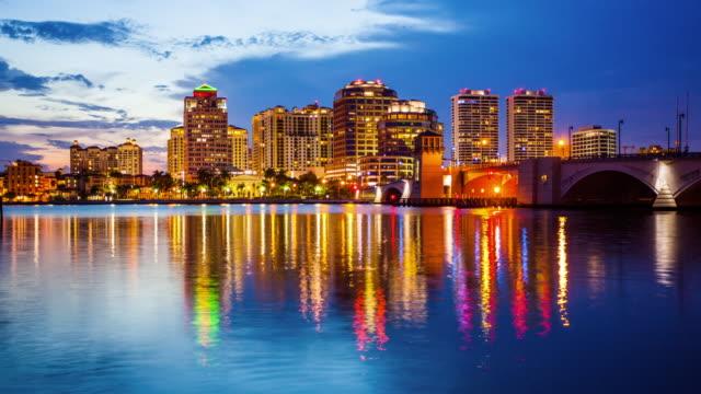 West Palm Beach, Florida City Skyline Day to Night Time Lapse