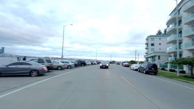 vídeos y material grabado en eventos de stock de placa de proceso de conducción de la vista trasera de la serie sincronizada west seattle iv - bahía de elliott
