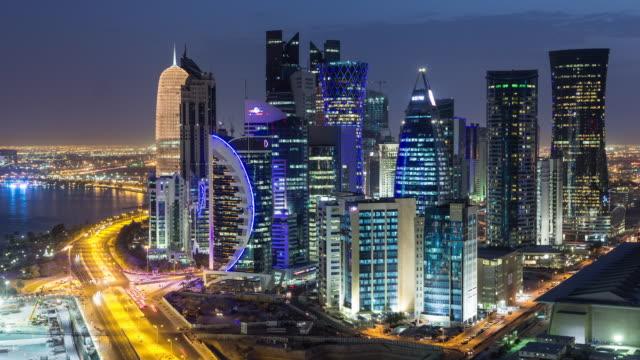 stockvideo's en b-roll-footage met westbay, doha, qatar, time lapse - doha