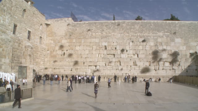 ms western wall in jerusalem / jerusalem, central province, israel - sri lankan culture stock videos & royalty-free footage
