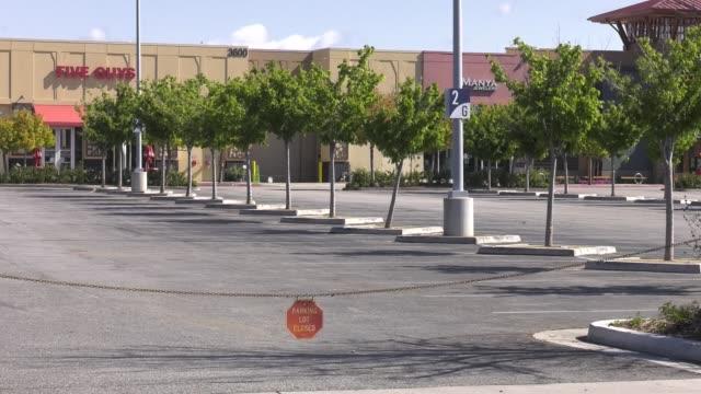 westfield valencia mall closed due to restrictive coronavirus measures on march 26 2020 in santa clarita california - santa clarita stock videos & royalty-free footage