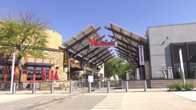 westfield valencia mall closed due to restrictive coronavirus measures on march 26, 2020 in santa clarita, california. - santa clarita stock videos & royalty-free footage