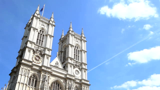 stockvideo's en b-roll-footage met westminster abbey, london, uk - time lapse - westminster abbey