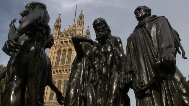 mps promise zero tolerance on sexual harassment westminster rodin 'burghers of calais' statue with hosues of parliament in background big ben clock... - parlamentsmitglied stock-videos und b-roll-filmmaterial