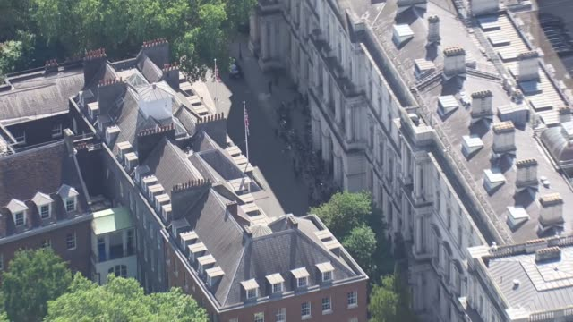 air views aerials of westminster on the day of theresa may's resignation statement england london westminster views / aerials of horse guards parade... - hoisting stock videos & royalty-free footage