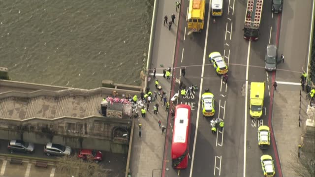 Questions raised by families of victims at hearing before inquest LIB / ENGLAND London Westminster Bridge AIR VIEW / AERIAL traffic ambulances and...