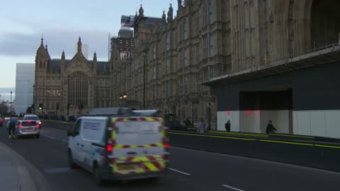 stockvideo's en b-roll-footage met westminster general views in the early morning; england: london: westminster: ext / dawn general views of the houses of parliament / victoria tower /... - victoria tower
