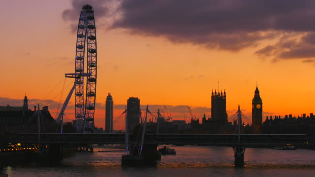 Westminster Palace, Big Ben, London Eye and Hungerford Bridge in the evening, London, England, Great Britain
