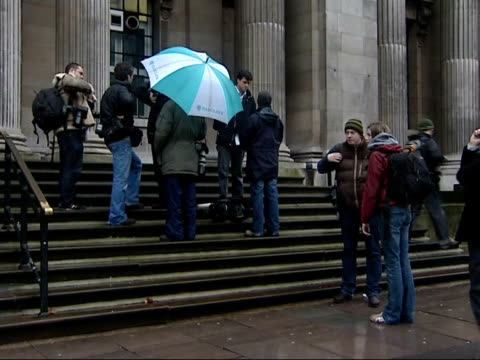 westminster register office and press outside amid speculation of moss/doherty wedding low angle general view front of building with scaffolding on... - moos stock-videos und b-roll-filmmaterial