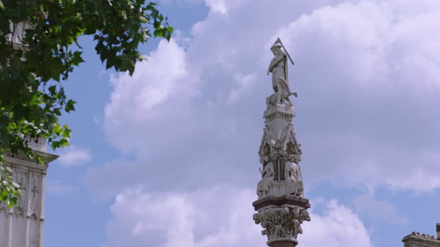 westminster scholars war memorial (crimea and indian mutiny memorial) sculpture near palace of westminster / london, england - cumulus stock videos & royalty-free footage