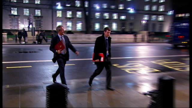 wettest january on record / flooding in somerset england london photography *** members of cobra committee inclucing owen paterson mp arriving - オーウェン・パターソン点の映像素材/bロール