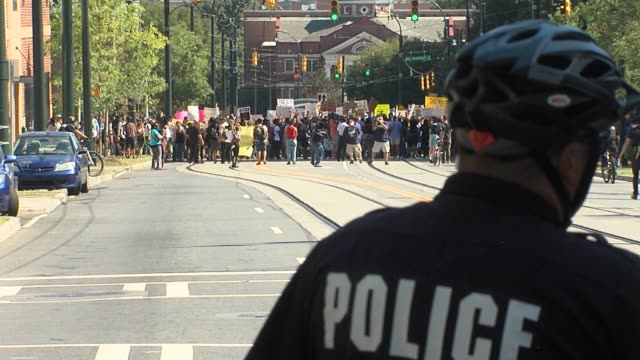 day five of protests in charlotte, north carolina--after the police shooting of keith lamont scott--on september 24, 2016. - day 5 stock videos & royalty-free footage
