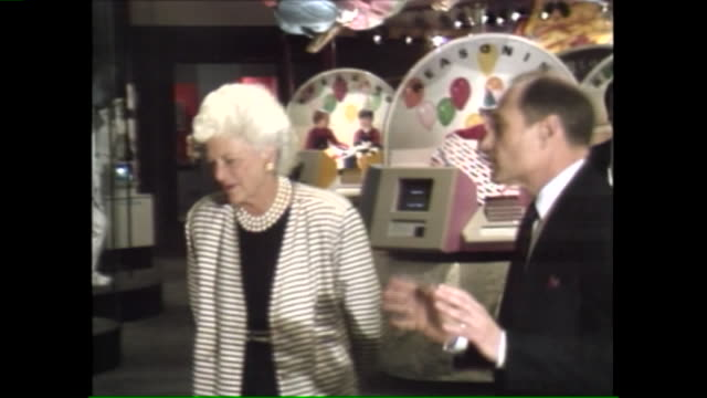 WGNBarbara Bush Tours Opens Museum of Science and Industry's Brain Exhibit in Chicago on April 17 1989
