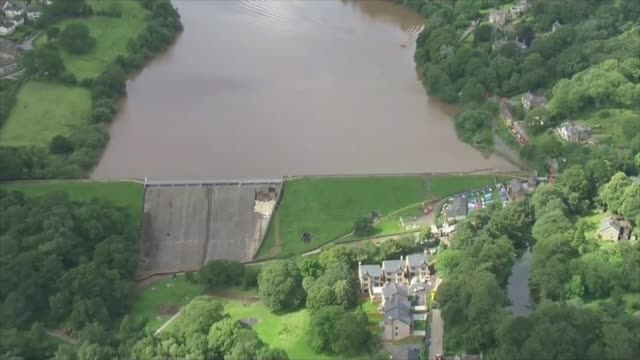 Thousands evacuated from town as dam at risk of bursting ENGLAND Derbyshire Whaley Bridge shot of compromised dam and reservoir