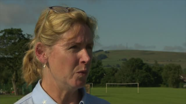 Thousands evacuated from town as dam at risk of bursting ENGLAND Derbyshire Whaley Bridge EXT Julie Sharman interview SOT