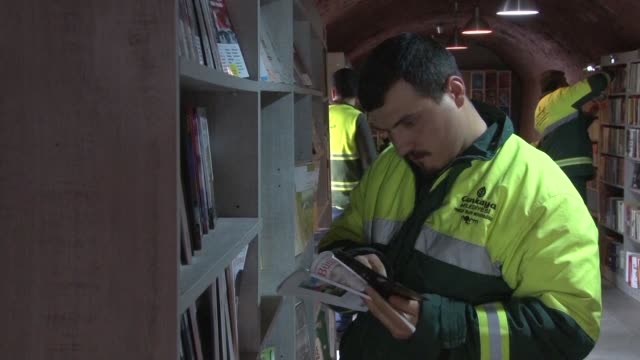 what happens to books thrown out into the rubbish bins as their onetime readers try to de clutter their shelves in the turkish capital ankara the... - afp stock videos & royalty-free footage