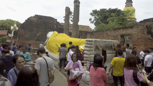 vidéos et rushes de wat yai chai mongkhon - lieu de culte
