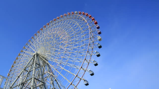wheel ferris, osaka - ferris wheel stock videos & royalty-free footage