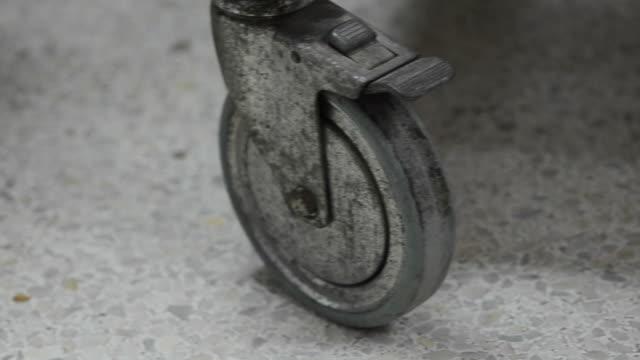 vídeos y material grabado en eventos de stock de rueda - carrito de la compra
