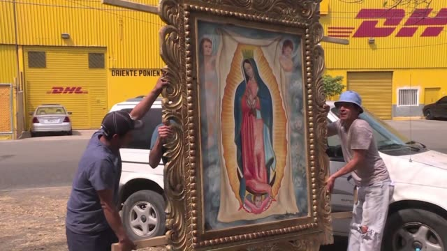 when he heard pope francis would visit mexico amateur artist arturo mesa decided to give him three large paintings of our lady of guadalupe patron... - morelia video stock e b–roll