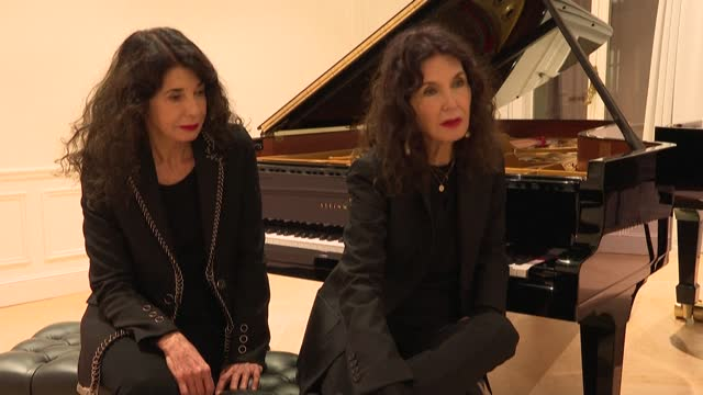 "FRA: ""Les Enfants Terribles"", a ""gift"" for piano duo the Labèque sisters from Philip Glass"