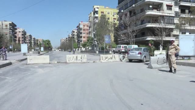 when syria's war came to 73 year old joseph mghazi's street in the abbasiyeen neighbourhood of damascus he ignored his neighbour's entreaties to halt... - war stock-videos und b-roll-filmmaterial