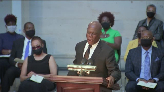 whintley phipps completes the last phrase of amazing grace at a us capitol rotunda ceremony for late congressman john lewis of georgia, to applause... - トリビュート・イベント点の映像素材/bロール