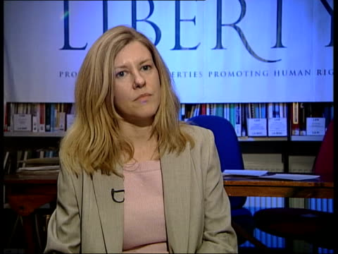 vidéos et rushes de whistle blower cleared; itn england: london: int katharine gun interview sot - i felt that what the us was seeking the uk's assistance on was to... - arme à feu