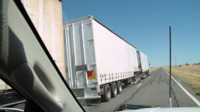 white 10 wheeler truck - harvesting stock videos & royalty-free footage