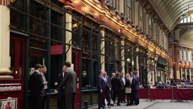 white collar workers meeting in london leadenhall market - drink stock videos & royalty-free footage