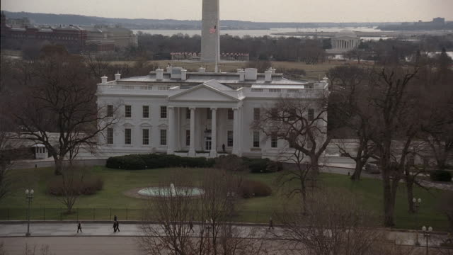 aerial white house and the surrounding landscape / washington, dc, united states - 2006 stock videos & royalty-free footage