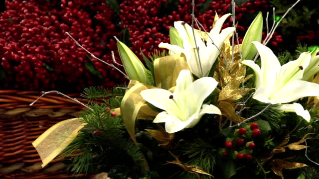 White Lily Floral Arrangement, Spinning