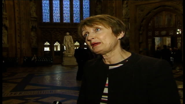 vídeos y material grabado en eventos de stock de white paper maps out future of the bbc; england: london: wesminster: int tessa jowell mp interview sot - the bbc will have a cruclia new role in... - new age