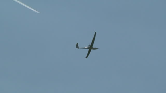 white plane or glider - gliding stock videos and b-roll footage