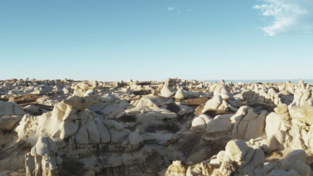 white rock formations, bisti badlands, new mexico, united states - bisti badlands stock videos & royalty-free footage