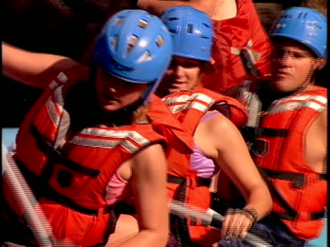 cu, white water rafters paddling through rapids, otter slide, north creek, adirondack state park, new york state, usa  - adirondacks rafting stock videos & royalty-free footage
