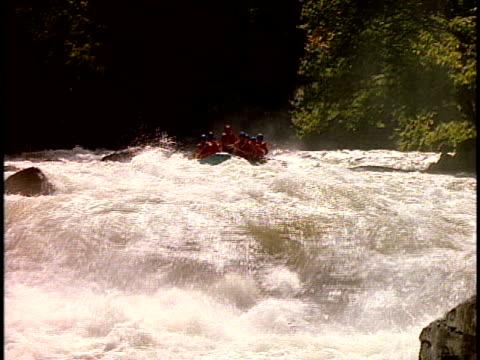 ms, cu, white water rafters paddling through rapids, otter slide, north creek, adirondack state park, new york state, usa  - adirondacks rafting stock videos & royalty-free footage