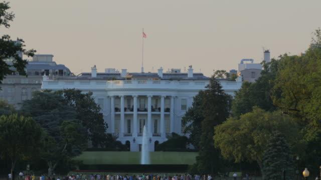vídeos de stock e filmes b-roll de nós whitehouse - jardim das rosas da casa branca