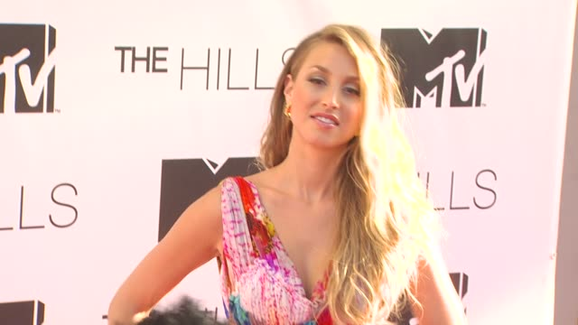 vídeos de stock e filmes b-roll de whitney port at the mtv's 'the hills live a hollywood ending' series finale at hollywood ca - mtv1