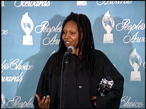 whoopi goldberg at the 1998 people's choice awards press room at barker hanger in santa monica california on january 11 1998 - whoopi goldberg stock videos & royalty-free footage